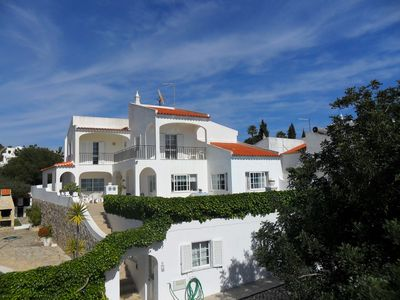 Photo for Spacious villa special for groups until 16 people- Gale area- Albufeira- ALGARVE