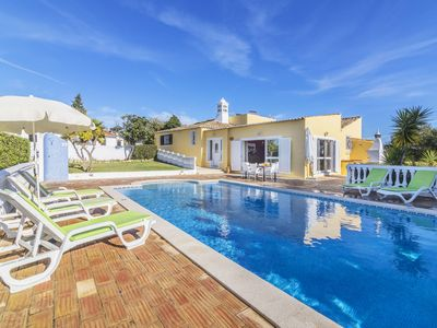Photo for This 3-bedroom villa for up to 6 guests is located in Armacao De Pera and has a private swimming poo