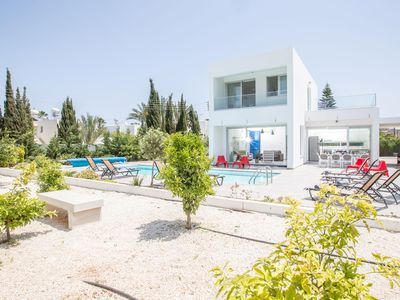 Photo for Cyprus In The Sun Celebrity Hollyoaks Villas 345 Platinum