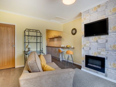 Photo for Primrose Cottage - One Bedroom House, Sleeps 2