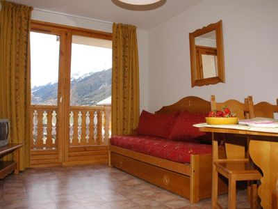 Photo for Surface area : about 35 m². Orientation : West. View mountain and Parking