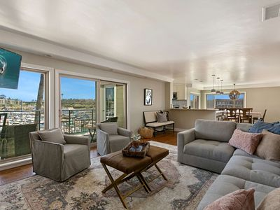 Photo for New Listing!  Modern Renovated Penthouse 402B