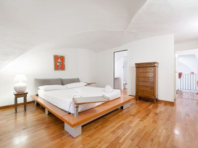 Photo for Pontevecchio Luxury Suite AMAZING LOCATION!