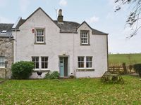 Beautiful cottage, in the middlle of nowhere but still close to all mayor attractions.