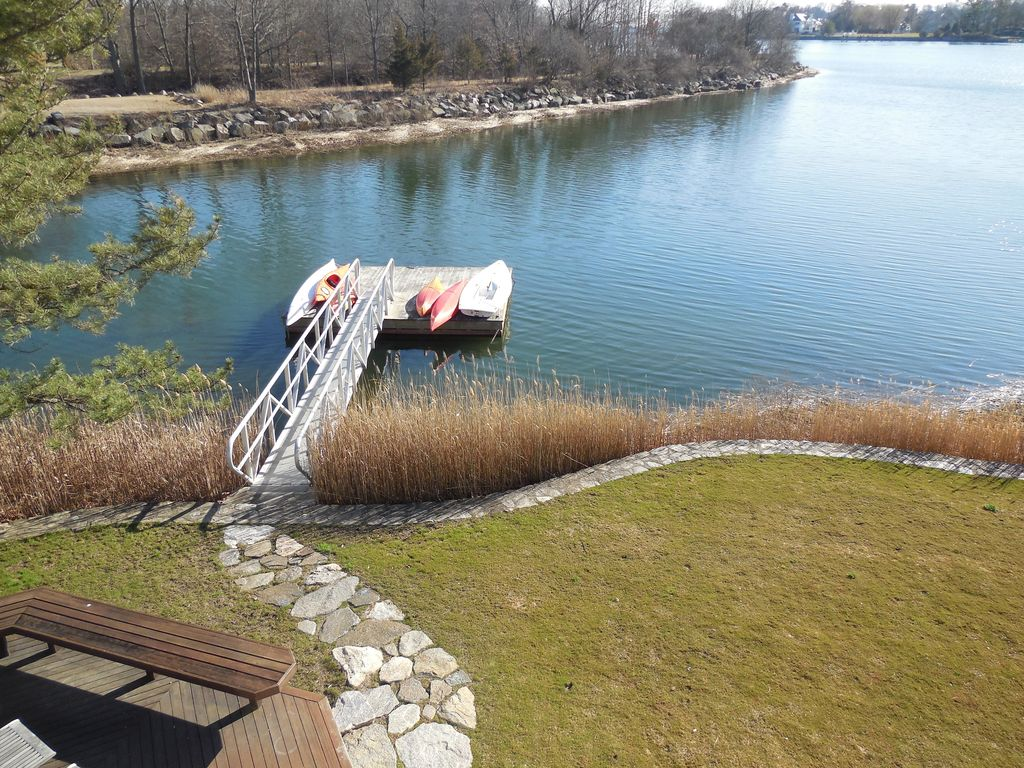 Quiet Waterfront Home Panoramic Views Private Dock