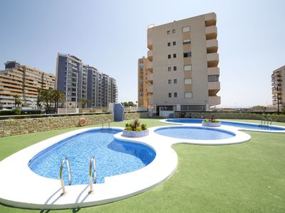 Photo for Beautiful apartment for 4 guests with WIFI, pool and TV