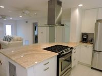 Great location and clean. Just a few steps from Broadwalk and good eats.