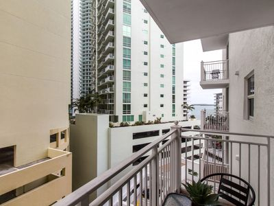 Photo for Brickell - One-Bedroom Luxe Suite City View - Sleeps 2 - RFH103