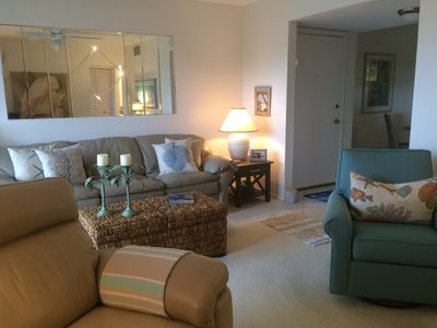 Photo for Fresh, updated bayside condo. Close to #1 Siesta Beach. Very clean and quiet.