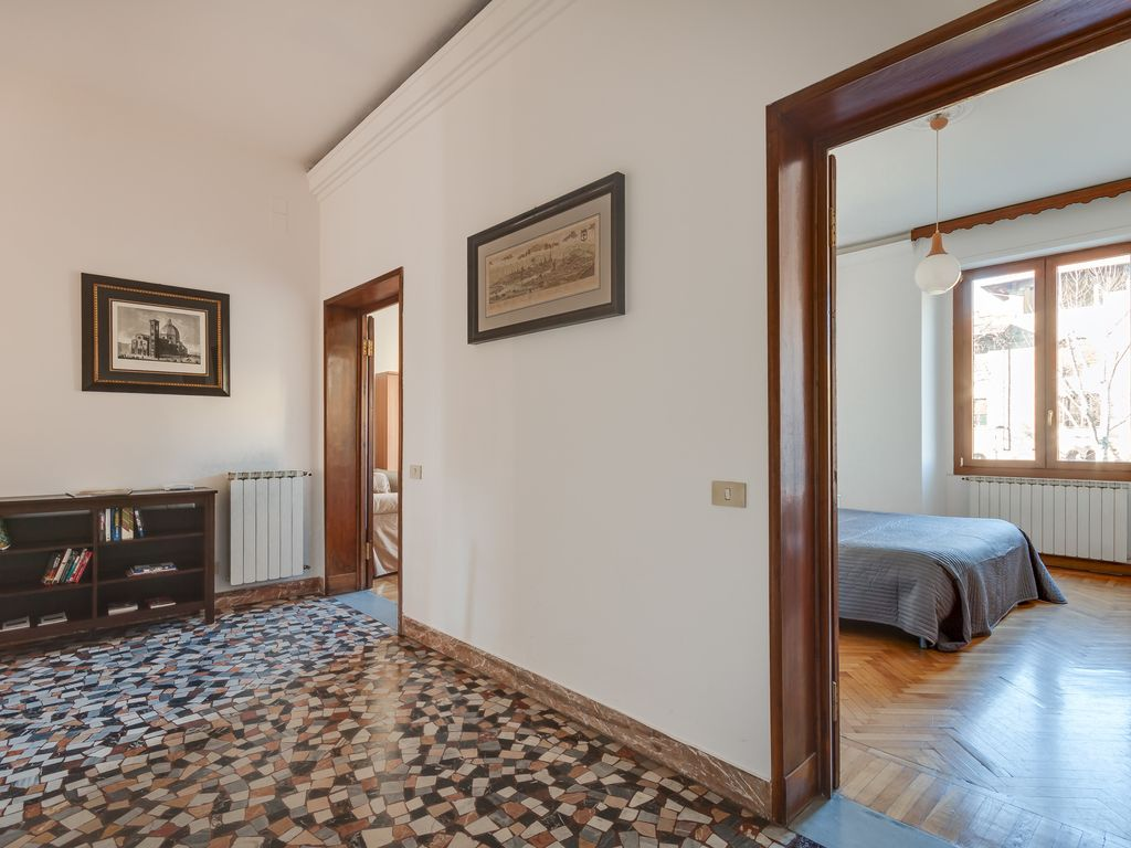 Florence City Centre Two Bedroom Apartment,... - HomeAway Le Cure