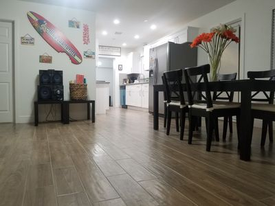 5 BEDROOM HOME NEAR BEACH. GREAT DEAL FOR A FAMILY!