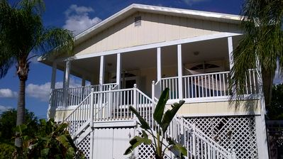 Beautiful Ocean View Oasis, across from the Gulf with large front porch.