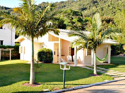 Photo for Gated community with houses, pool, barbecue and maid!