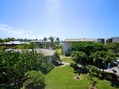 Luxurious Gulf View At A Garden View Price