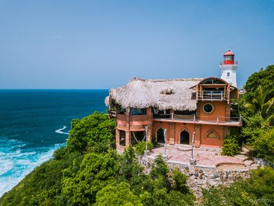 Photo for Beautiful Handcrafted 2 (+) Story Cliff-Side Dwelling with Sweeping Ocean Views