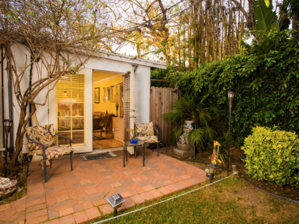 Enchanting Cottage Near Beach with Private... - HomeAway Mar Vista