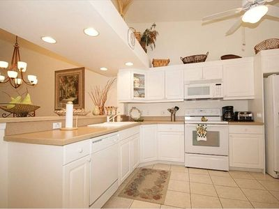 Kitchen: lots of cabinets, side-by -side frig, dishwasher, self-clean oven, etc.