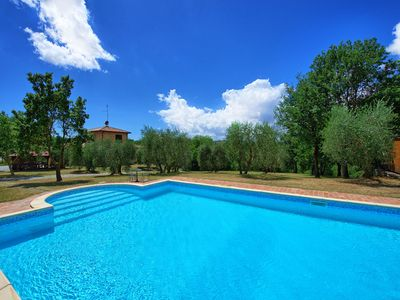 Photo for Villa in Lucignano with 6 bedrooms sleeps 15