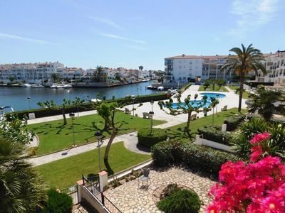 Photo for Holiday apartment Empuriabrava for 2 - 6 persons with 1 bedroom - Holiday apartment