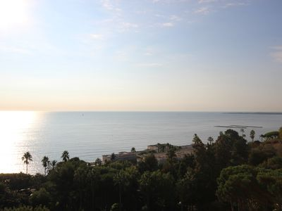 Photo for Magnificent apartment with panoramic sea view