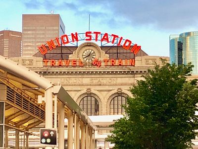 Photo for Union Station Luxury 1-BR with 24-Hr Gym FREE PARKING
