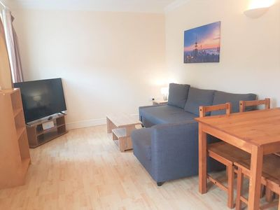 Photo for Modern 1 Bed in Old Town. Ideal for Food & Drink!