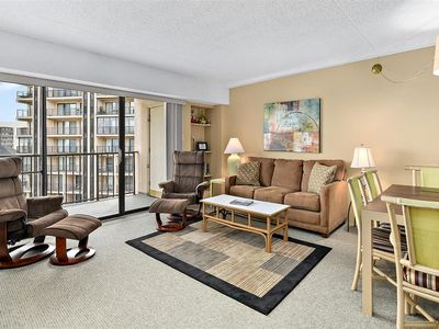 3 Bedroom Condo in Bluewater East with Outdoor Pool!