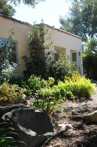 Private Cottage & Garden On The Santa Barbara Riviera