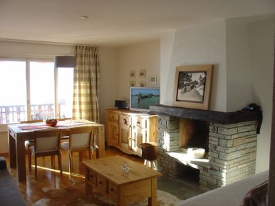Photo for town centre, stunning view, 250m to ski slope, 1km to Championship Golf Course