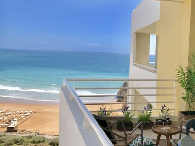 Photo for Charming apartment with beach view - WIFI