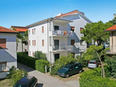 Photo for Apartment Casa Soraya (LDJ501) in Lido di Jesolo - 9 persons, 3 bedrooms