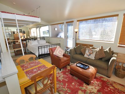 Photo for The cutest studio in East Vail #7U. Hot Tub, Market, Shuttle Stop.