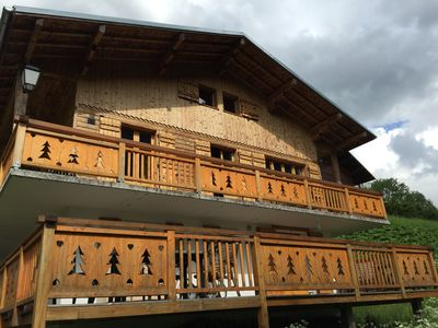 Photo for Picturesque 4 bed Savoyard chalet with stunning views overlooking Morzine