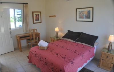 Queen size bed, clean, A/C, satellite TV, and free wifi!