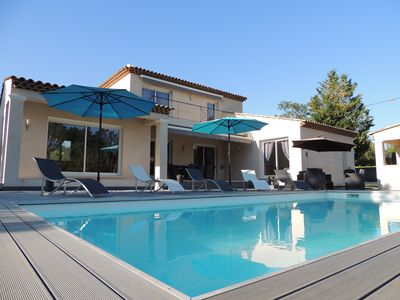 Photo for modern villa with heated pool near the golf course for 6/7 people