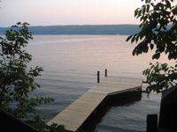 Lovely cottage right on Seneca Lake. Great host, terrrific dock for swimming, and gorgeous sunsets