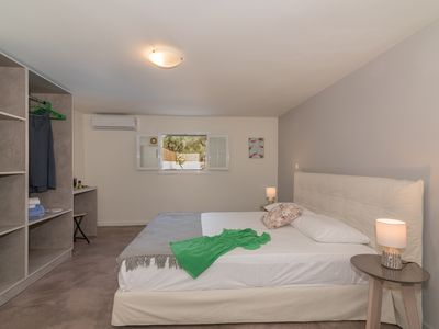 Photo for Asante Group Holiday Homes - Mars 1 Bedroom Apartment