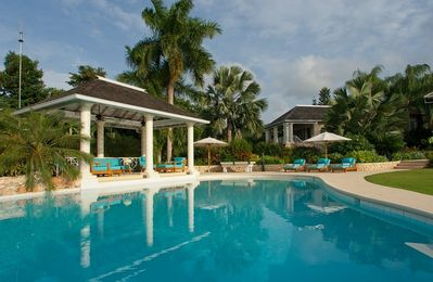 Photo for Kenyan Sunset Golf Villa-White Witch golf course setting, access to Sunset Beach
