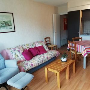 Photo for FOR RENT: Furnished studio of 27 m2, quiet and bright, for 2-3 people