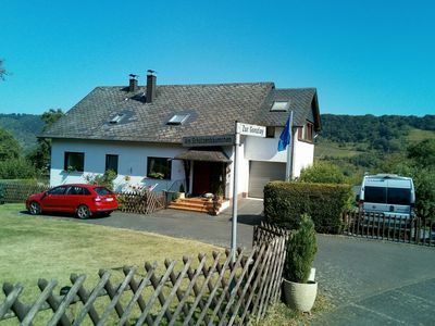 Photo for Self-contained holiday flat with garden access and views of the Mosel vineyards