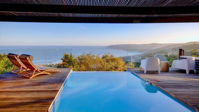 Photo for Villa with 180 ° sea and lagoon view and heated pool