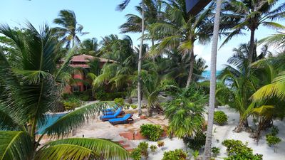 Welcome to Calm Caye