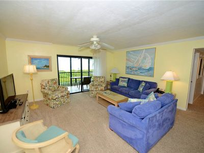 Photo for #1112 Sanibel Moorings Gulf Front