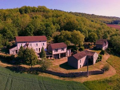 Photo for Gite Tour-de-Faure, 4 bedrooms, 8 persons