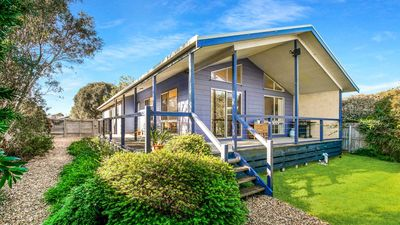 Photo for Casa dell' Isola - Cowes, VIC