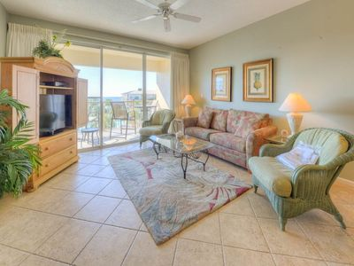 Photo for Modern gulf view condo, Bicycle rentals included, Close to restaurants