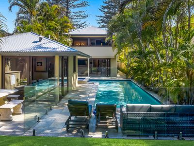 Photo for The Byron Beach House- Ultimate luxury in a perfect location-1 min to main beach