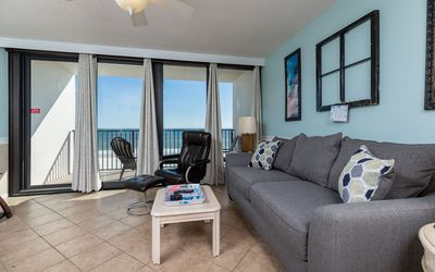 Photo for 5th Floor Island Winds East 1 Bedroom…BEACH FRONT!