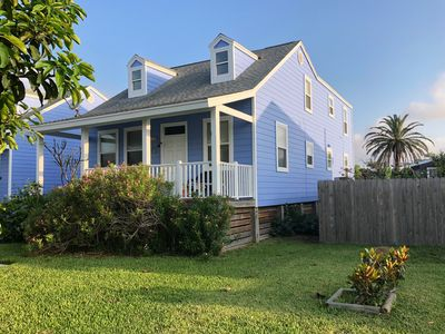 Swell Groovy And Gs Old Town Cottages Port Aransas Home Interior And Landscaping Mentranervesignezvosmurscom