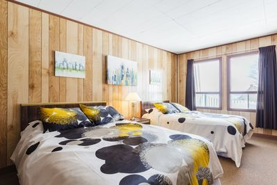 A spacious room for couples, friends or family